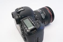Canon EOS 5D Mark IV DSLR with 24-105mm II Lens