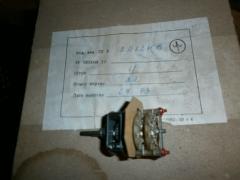 Кнопки, переключатели и выключатели